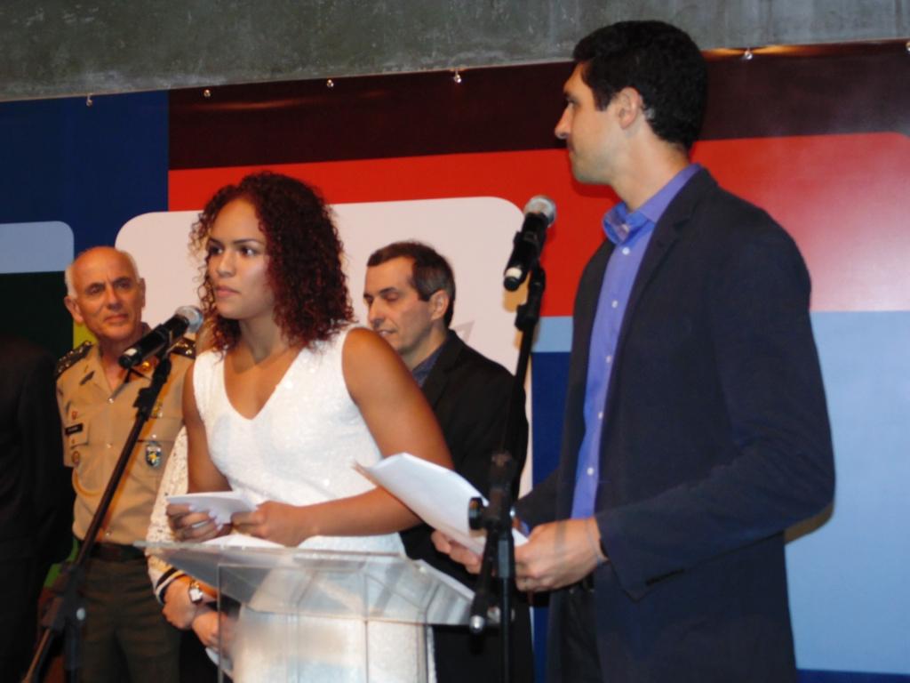 1ea2c0ffce COB inaugura exposição com a presença da Luta Olímpica brasileira